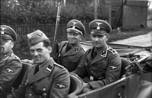 Polen, Verhaftung von Juden, SD-Männer
