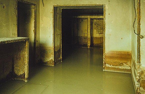 Hitler s berlin bunker then now mark felton for Door 7 days to die